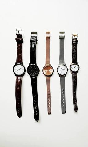 rose gold watch4.jpg
