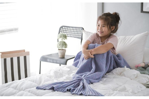 mermaid blanket kids3.jpg