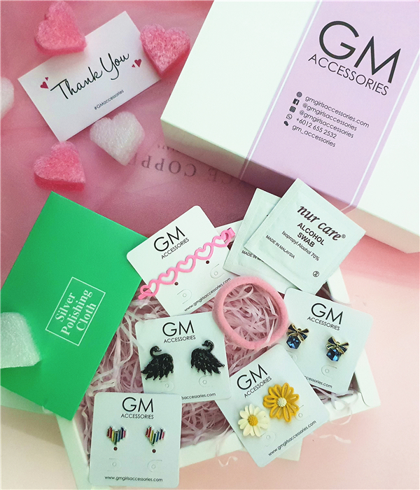GM Accessories | Lovely Pink Packaging