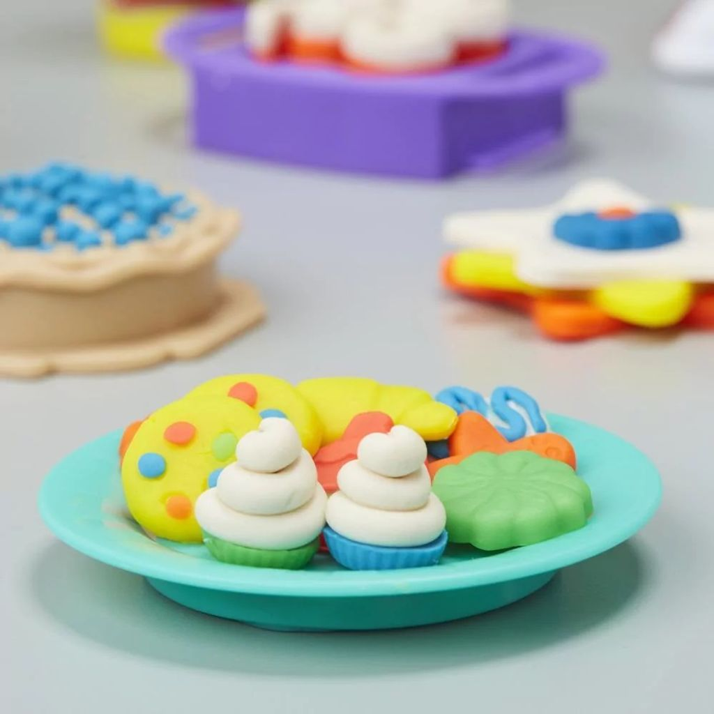 Play-Doh Kitchen Creations Magical Oven 3.jpg