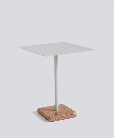 1952511009000zzzzzzz_terrazzo-table-square-red-base-light-grey-top_910x1100_brandvariant.jpg