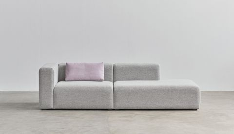 Mags 2,5 seater combination 2 left armrest Hallingdal 130_Mags 10 Cushion Remix 682.jpg