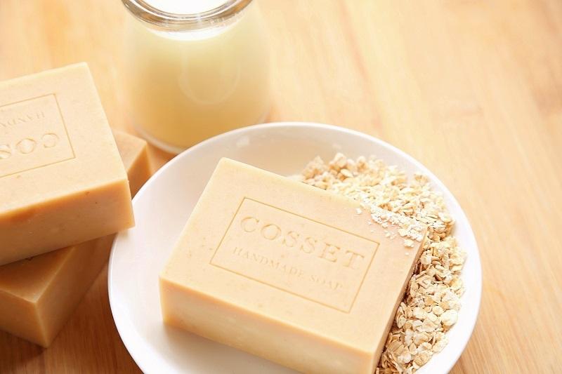 燕麥牛奶手工皂 (2).JPG