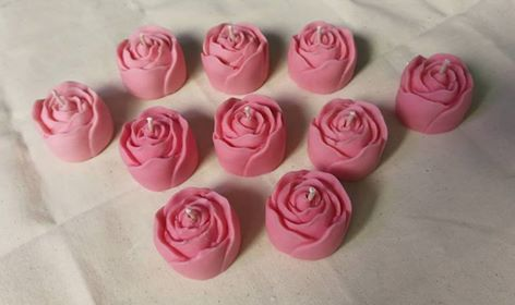 Handmade Rose Scented Candle