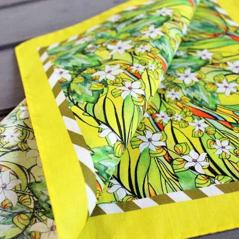 pocket-square-yellow-green-cotton-flowery-03.jpg