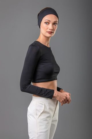 crop-top-round-neck-black.jpg