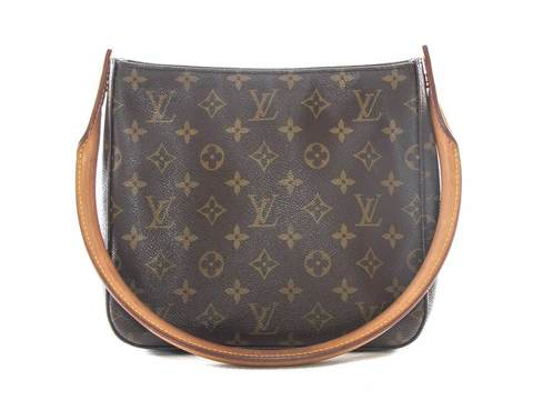 043d0670a0cf IMG 0369 bd84a6fb-156f-4964-ace9-723fe9c32817.jpg. AUTHENTIC LOUIS VUITTON  LOOPING MM MONOGRAM HANDBAG M51146