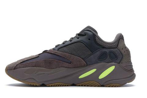 Adidas Yeezy 700 Mauve USD300 3.jpg