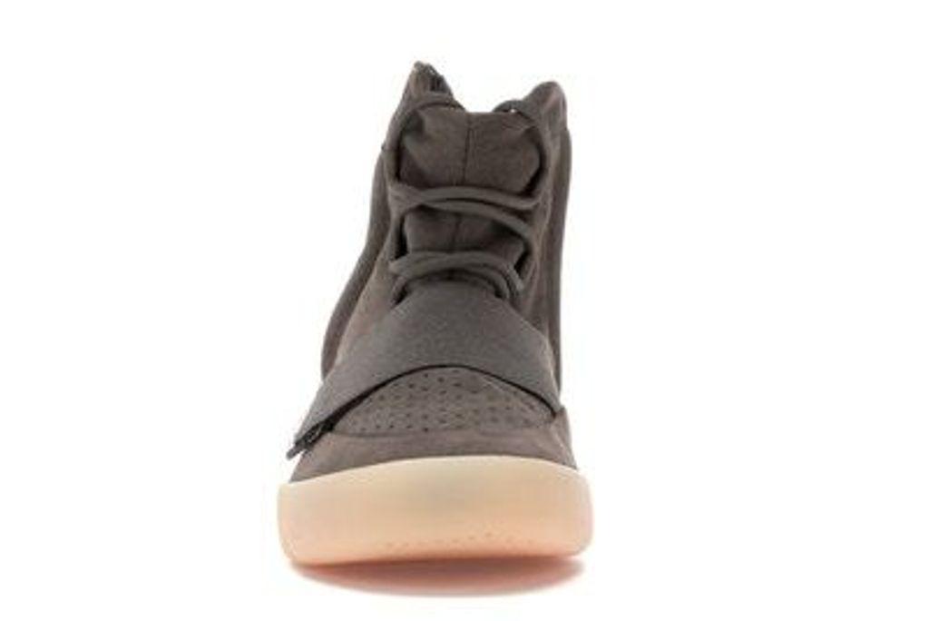 Adidas Yeezy Boost 750 Light Brown Gum Chocolate BY2456 USD350 4.jpg