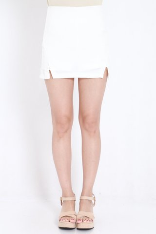 Double_Slit_Fitted_Skorts_White_1.jpg