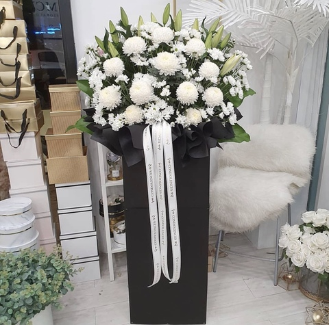 Tribute Condolence Flower Stand