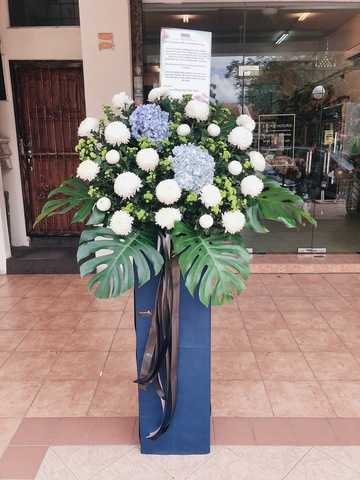 Graceful Condolence Flower Stand