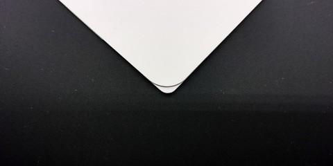 Corner- L.jpg