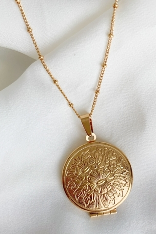 garden-locket-necklace