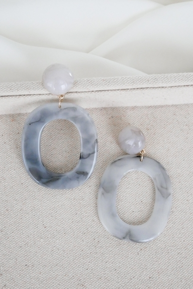 dorine-resin-hoop-earrings