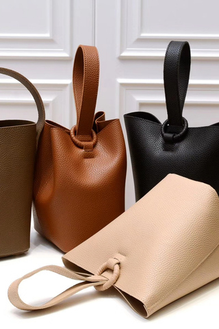 clubinana-sharon-bucket-bag.jpg