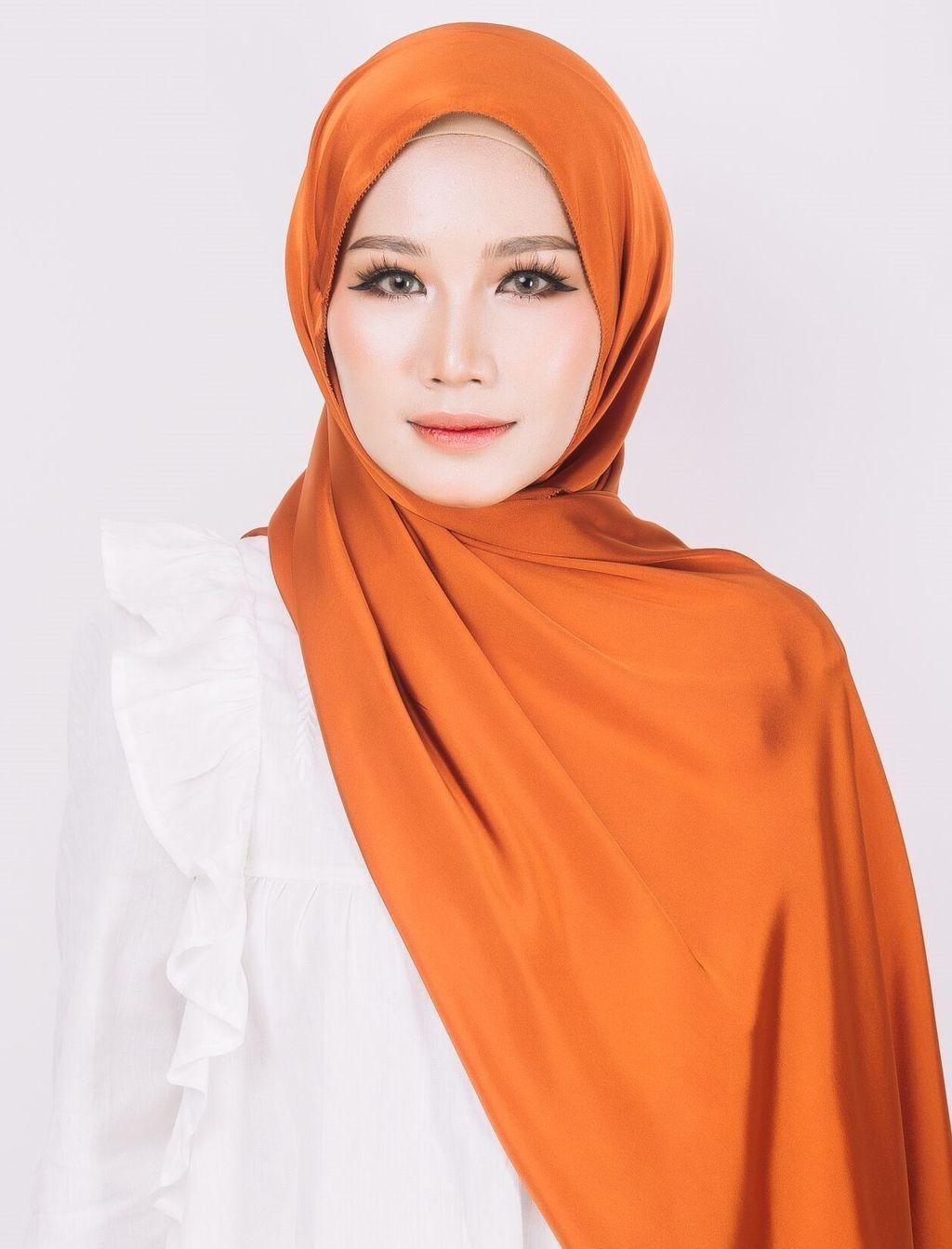 Afya in Tangerine 2.jpeg