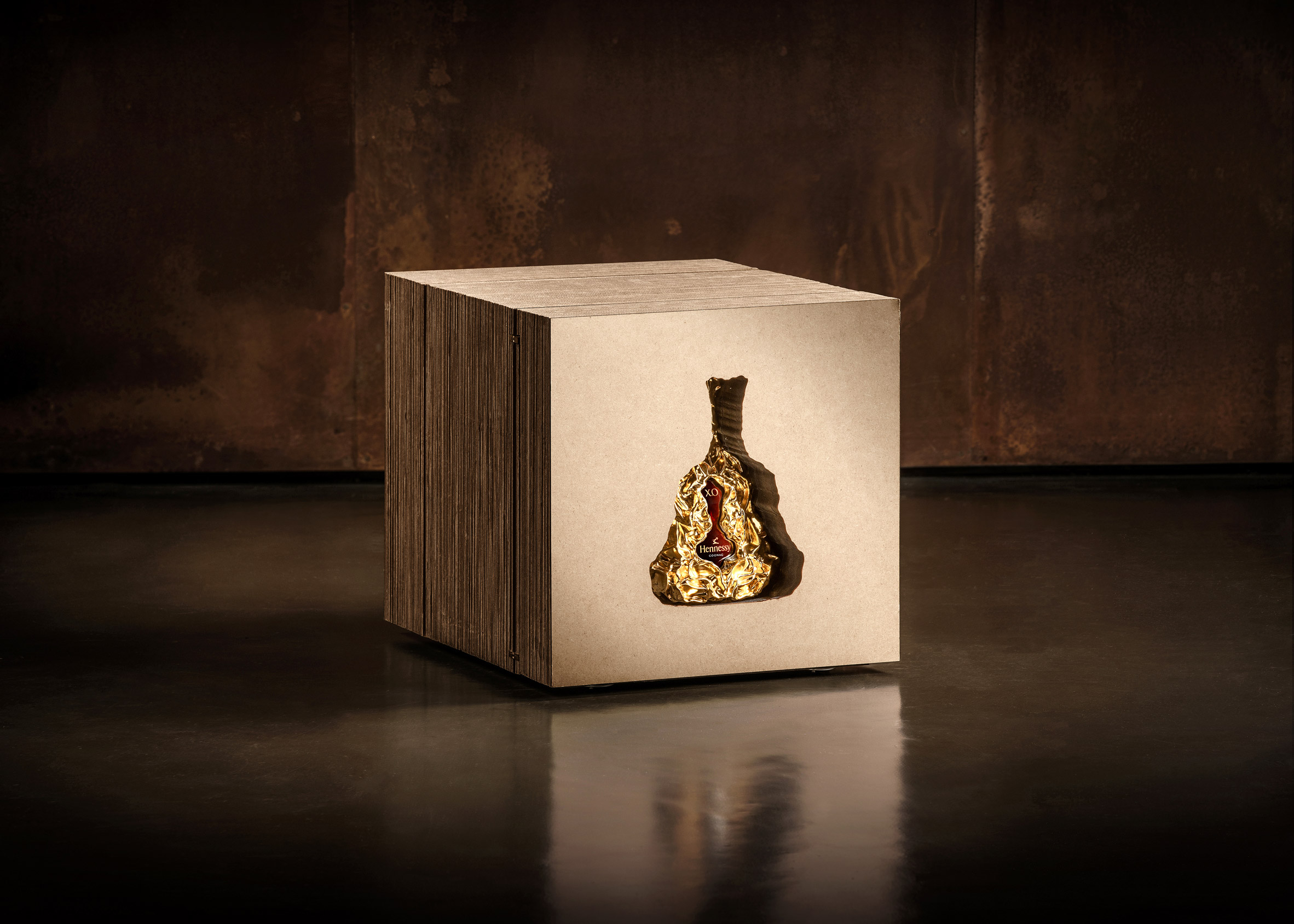 hennessy-xo-150-anniversary-frank-gehry_dezeen_2364_col_16.jpg