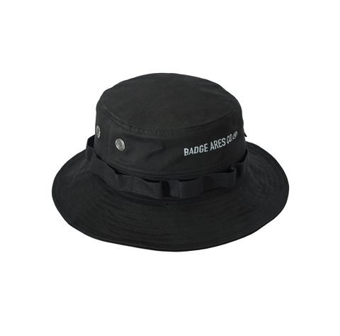 BADGE Reflective BUCKET HAT黑02.png