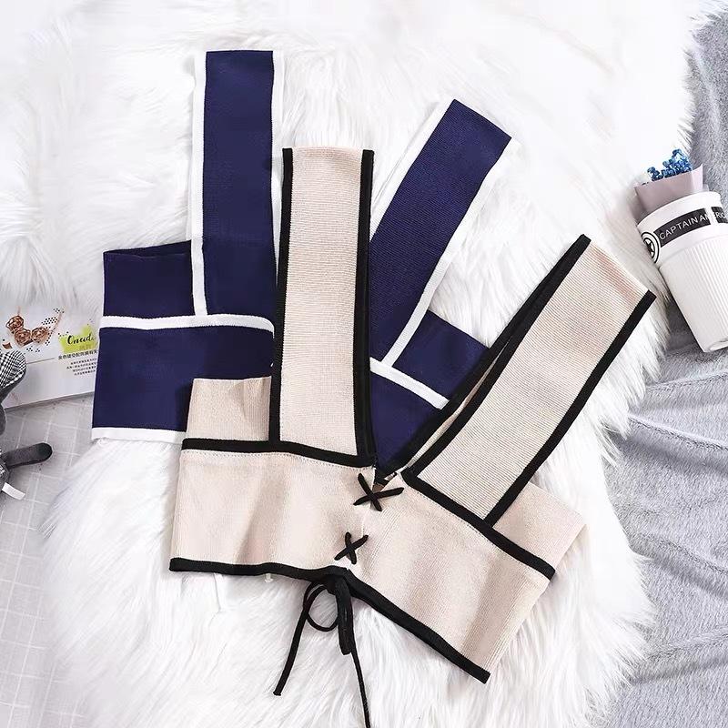 Korean V Neck Knitted vest 针织背心马甲女夏季新款韩版宽松V领设计感外搭坎肩短款无袖