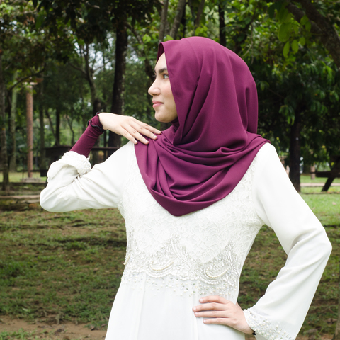 khodijah-shawl-mulberry-purple-2.jpg