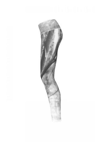 Steph-legging-left-600x900.jpg