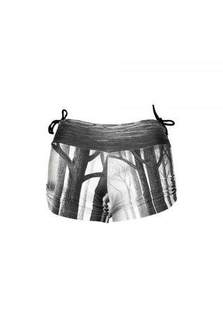 bri_bw_shorts-600x900.jpg