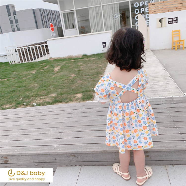 小露背碎花洋裝 - D_J baby-10.jpg