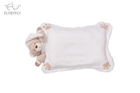 white 3d bear pillow.jpg