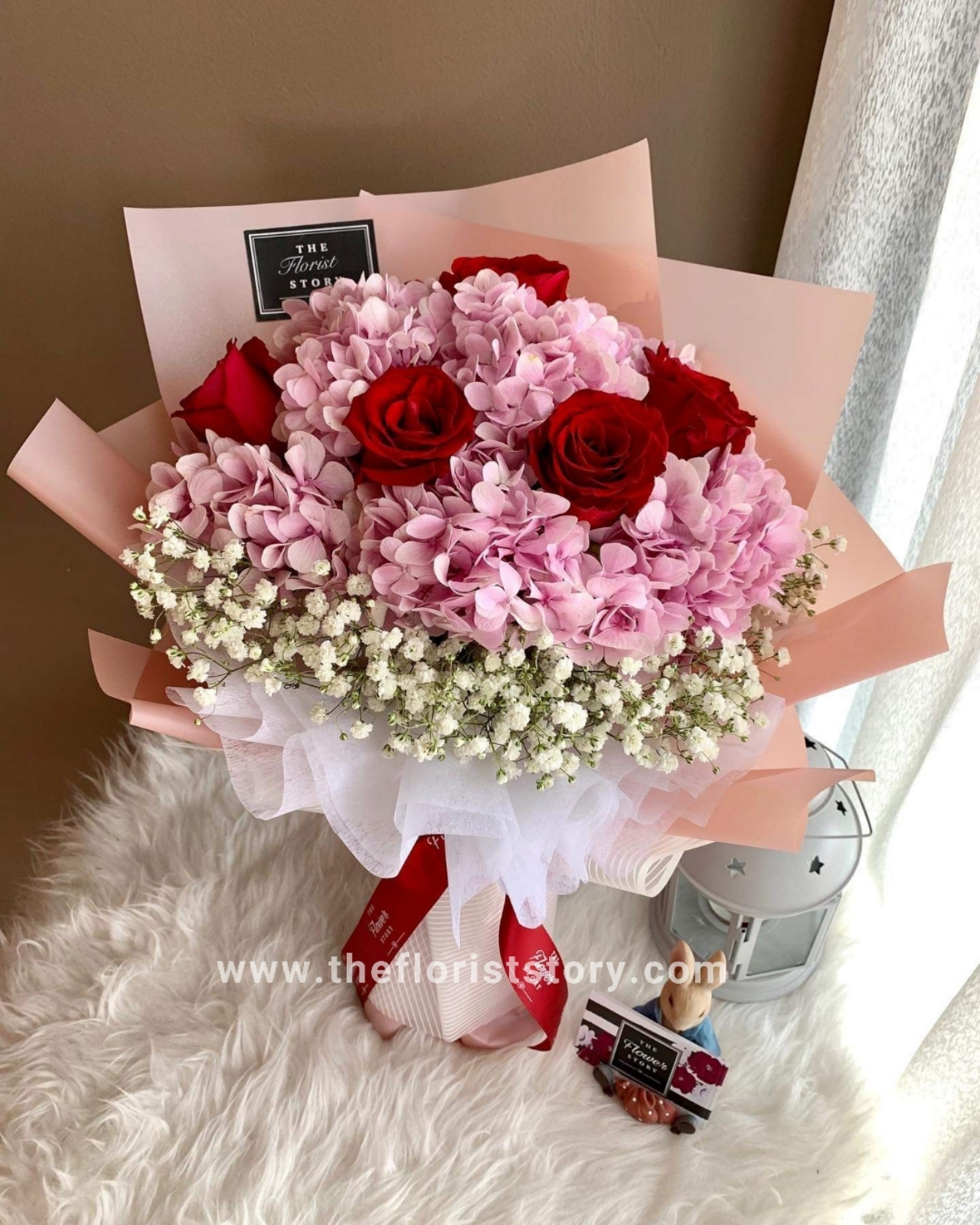 Pink Hydrangea With Red Roses Bouquet The Florist Story Florist Johor Gift Shop Flower Cake Delivery