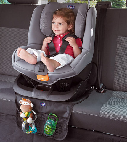 Chicco-Car-Seat-Protector-Deluxe.7471b.jpg