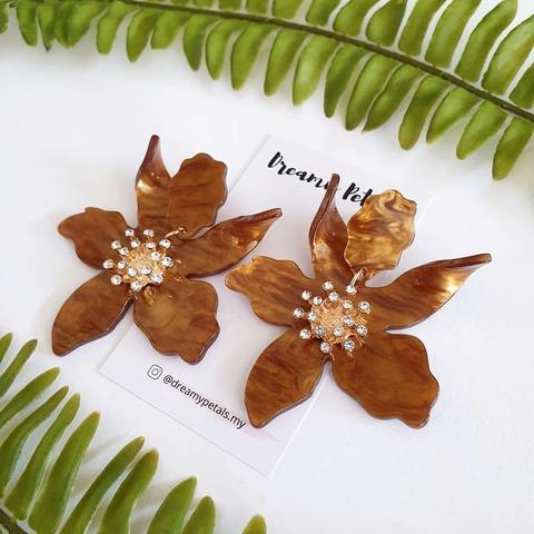 Forever Floral Earrings_58410971_2312832768963663_2952528001683770440_n.jpg