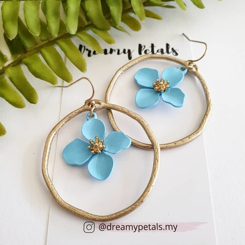 Forever Floral Earrings_75300795_107933697193678_5329004198831674718_n.jpg
