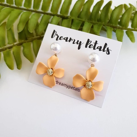 Forever Floral Earrings_71187251_181250769668977_9105277165602225249_n.jpg
