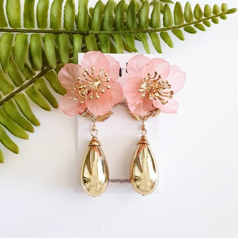 Forever Floral Earrings_74674719_2367356480054483_4239928421145440174_n.jpg