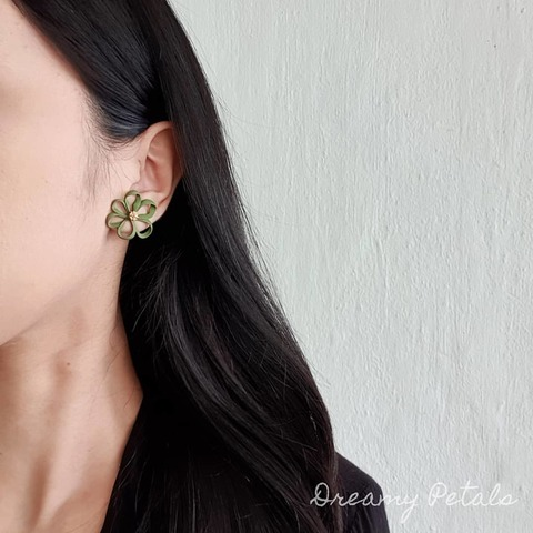 Forever Floral Earrings_80723177_3035706529775505_2444244480150633912_n.jpg