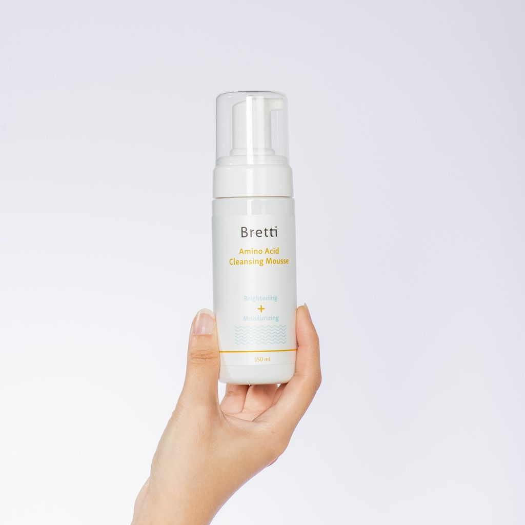 Bretti-Cleansing-Mousse-Cover-03.jpg