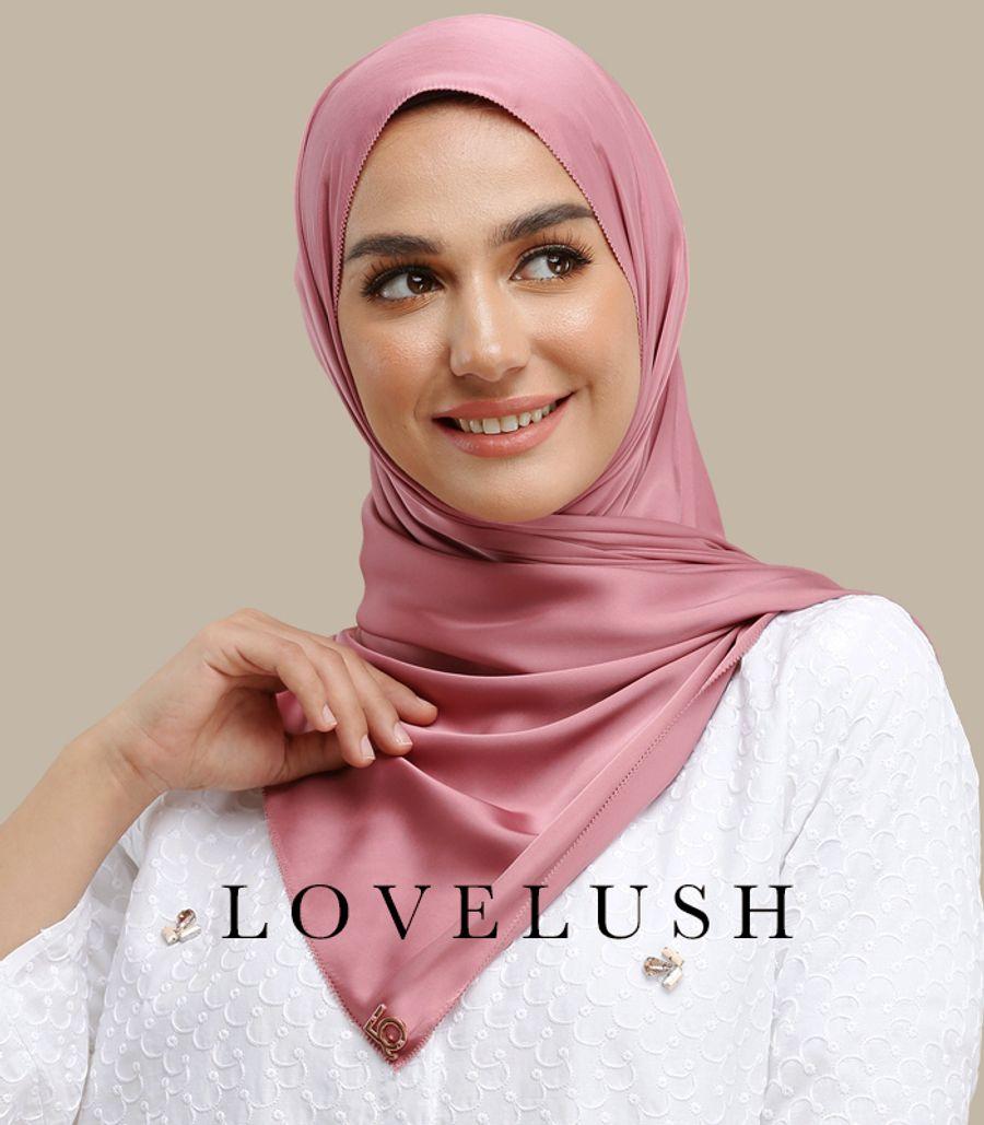 Lady Qomash  