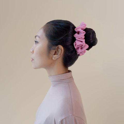 Scrunchy Pink chiffon 1.jpg