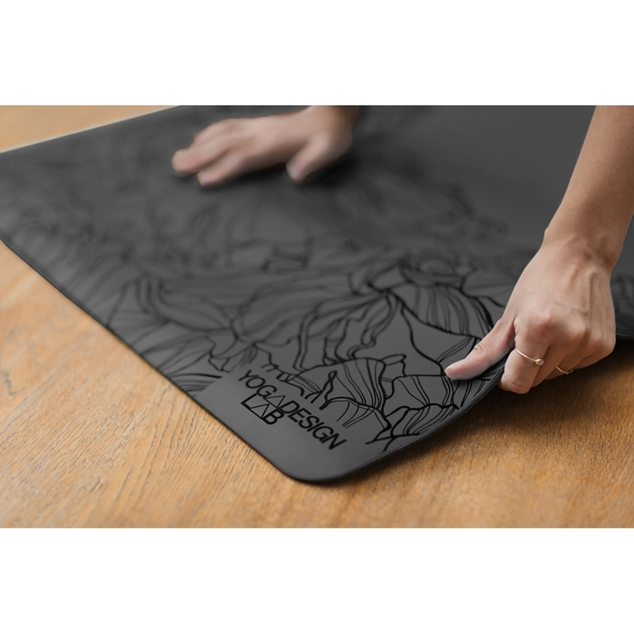 YDL-Infinity-Mat-Aadrika-Charcoal-Lifestyle-(2)-low-res.jpg
