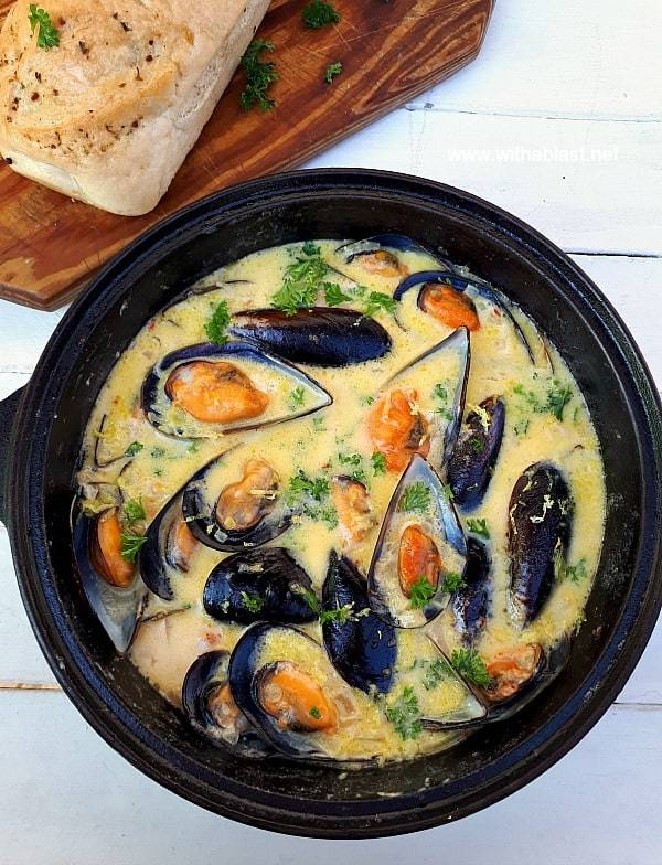 Mussels-In-Lemon-Garlic-Butter-Sauce-1-1.jpg