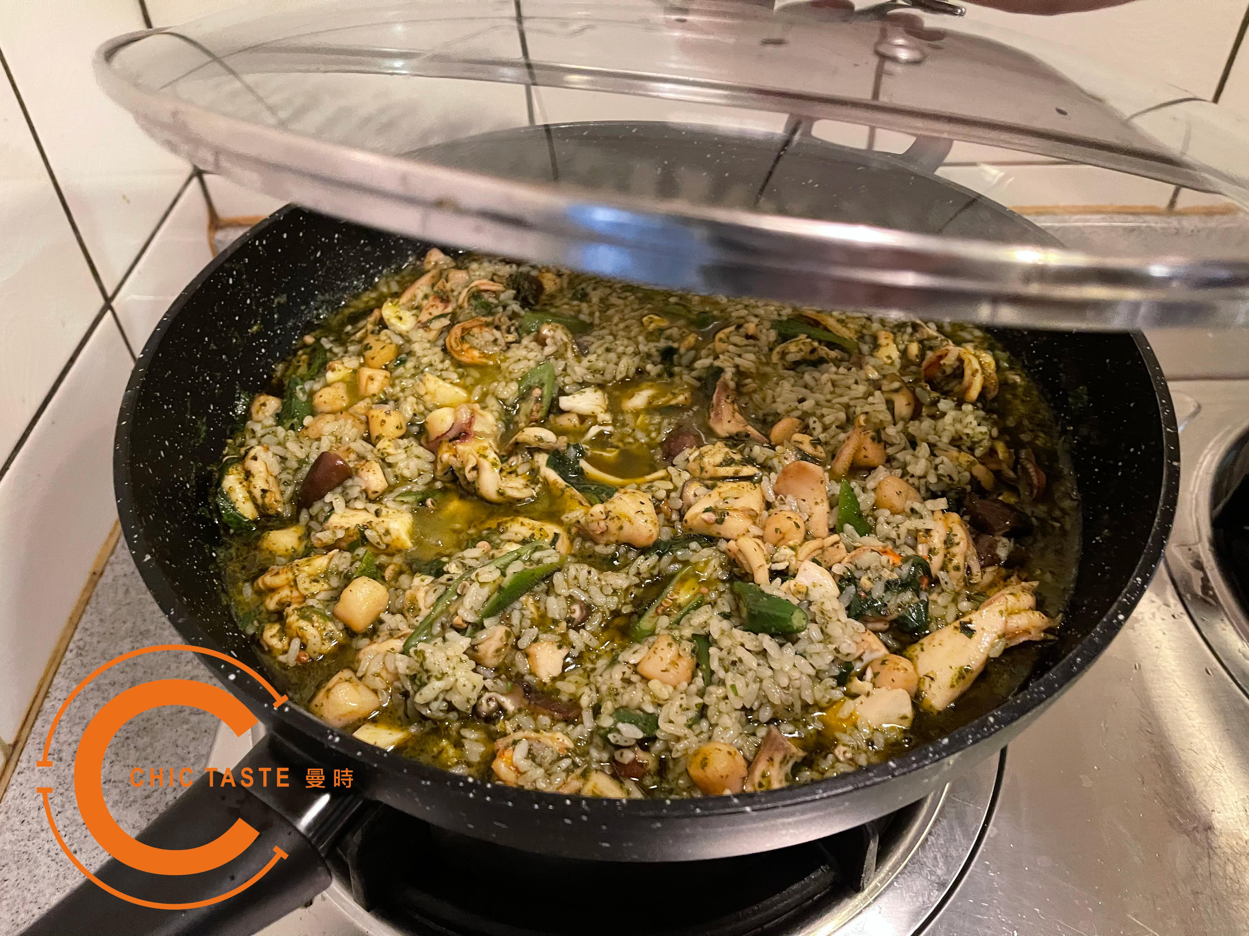 曼時創意食譜-青醬葵菇海鮮燉飯6.jpg