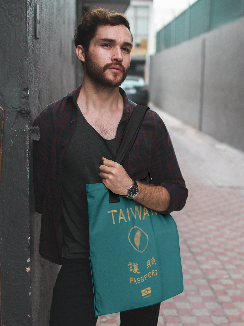 dude-standing-in-an-alley-while-carrying-a-tote-bag-mockup-a17094.png