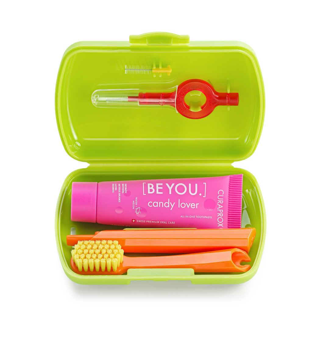 products-travel_set-box-open-green.jpg.png