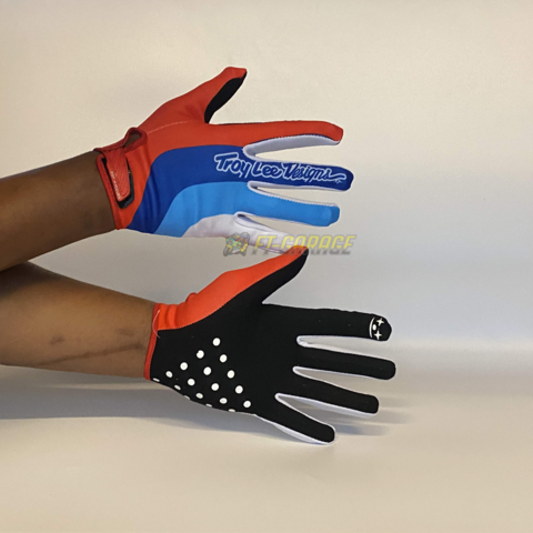 GLOVE TROYLEE DESIGN POP WHEELES  RED,BLUE,WHITE.png