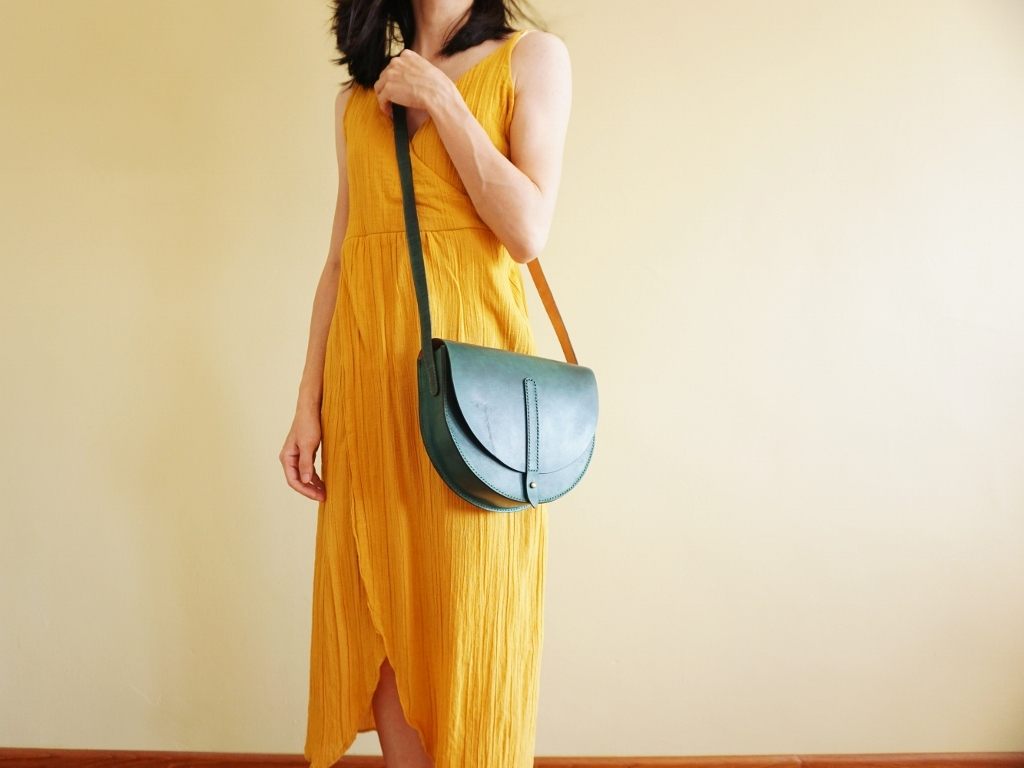 Half Moon Bag Turquoise Green (2).jpg