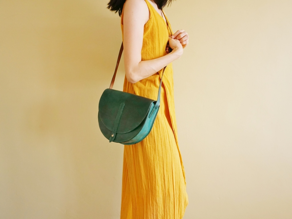 Half Moon Bag Turquoise Green (5).jpg
