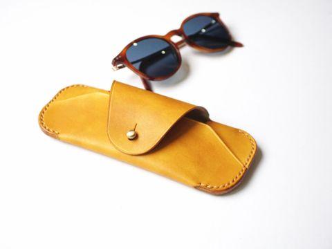 Sunglasses case - Yellow ochre (3).jpg