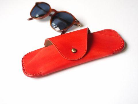 Sunglasses case - neon red.jpg
