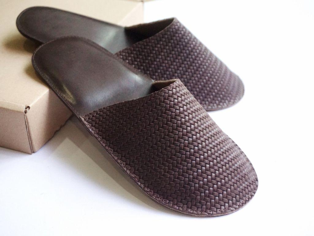 Room Slippers - Dark brown (2).jpg